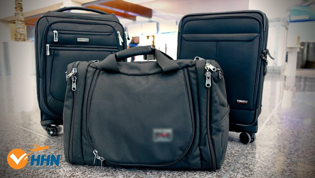 Hành lý xách tay vượt quá cân nặng quy định phải làm sao?
