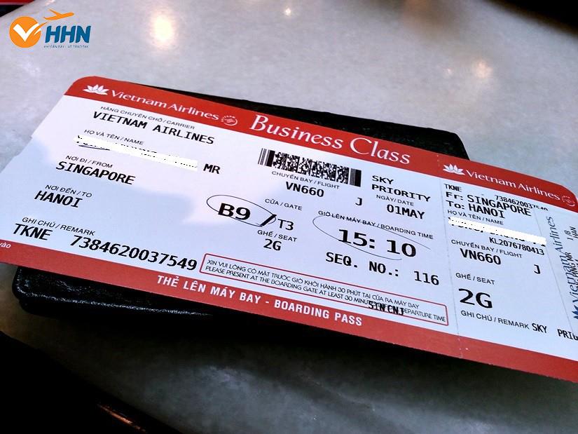Thuế, phí của vé máy bay là gì?
